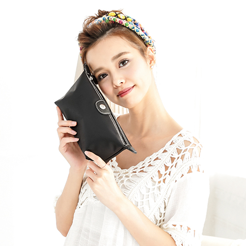 CHENSON 質感化妝收納包 硬式款 黑(CG20753-3)