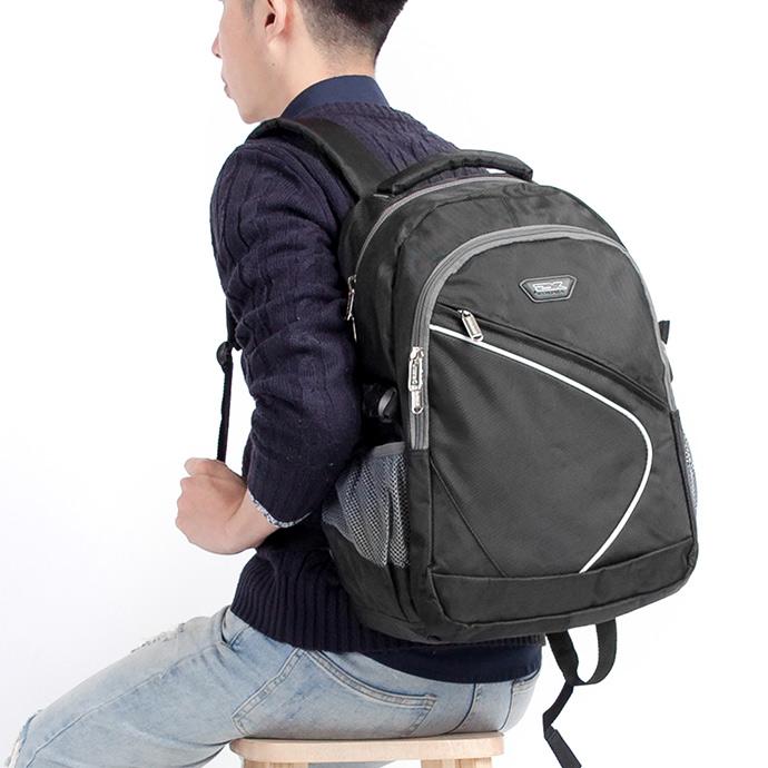 1818 寬背帶系列 不勒肩膀後背包 黑(CG20512-3)