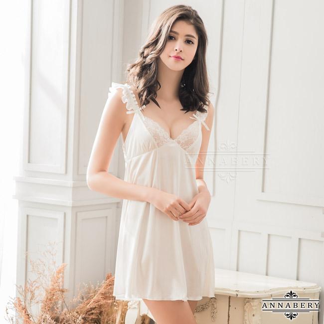 【ANNABERY】大尺碼 純白柔緞蕾絲荷葉邊性感睡衣(NY14020063-2)